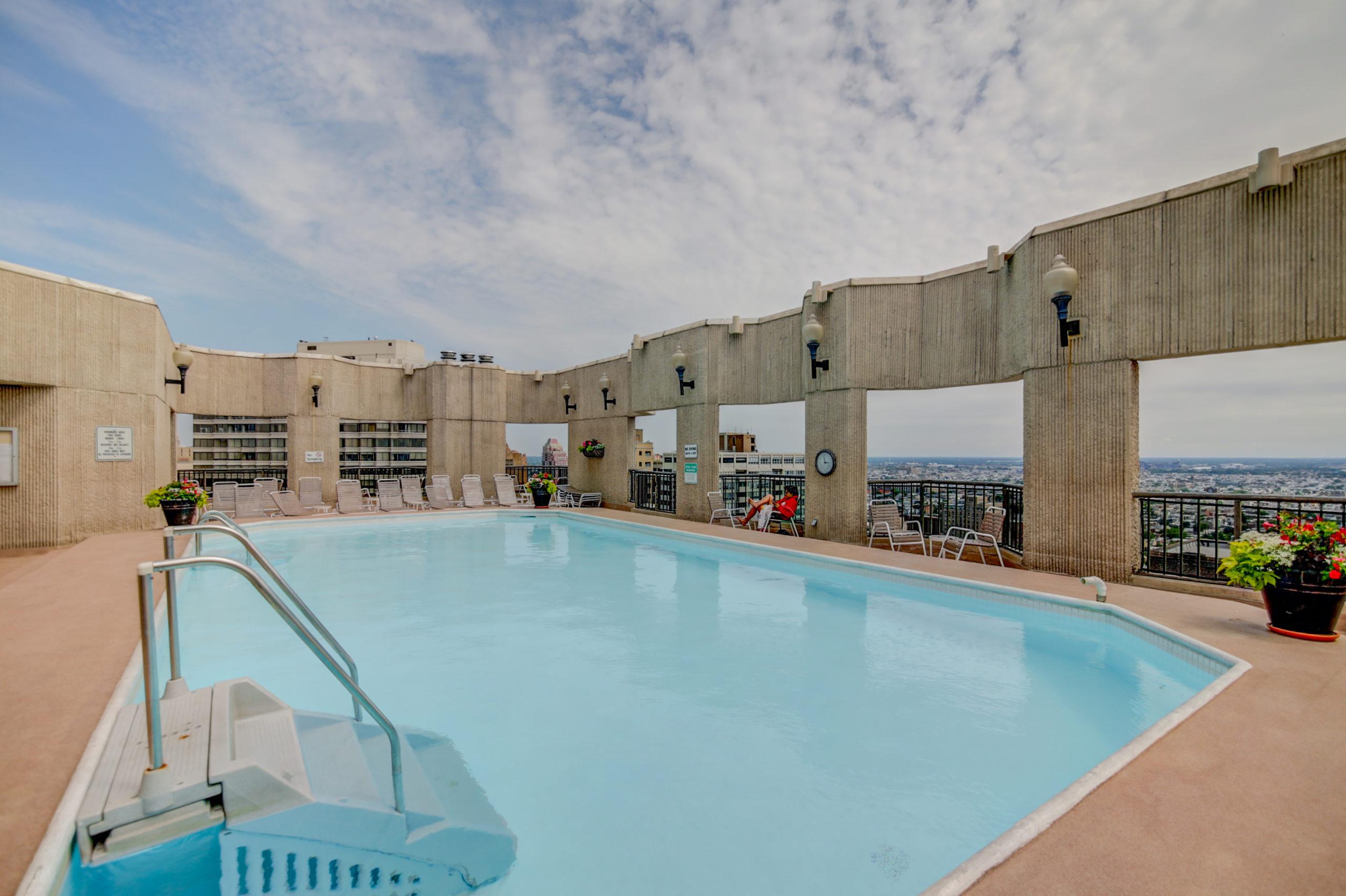 rooftop swimming pool at a luxury condo Philadelphia