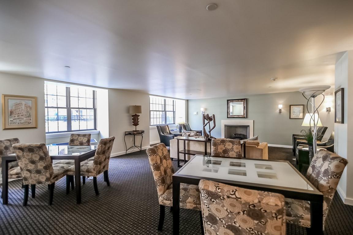 resident lounge Philadelphia condo building