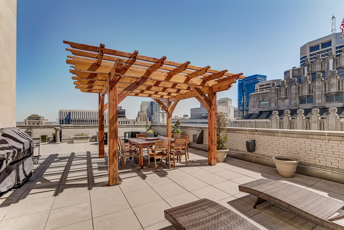 rooftop terrace luxury condo Philadelphia