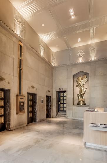 lobby luxury condo Philadelphia with elevators