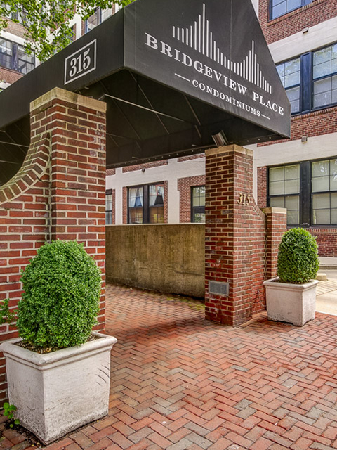 Bridgeview Place Condos for sale or rent located on the cobblestone street in the heart of Old City, Philadelphia