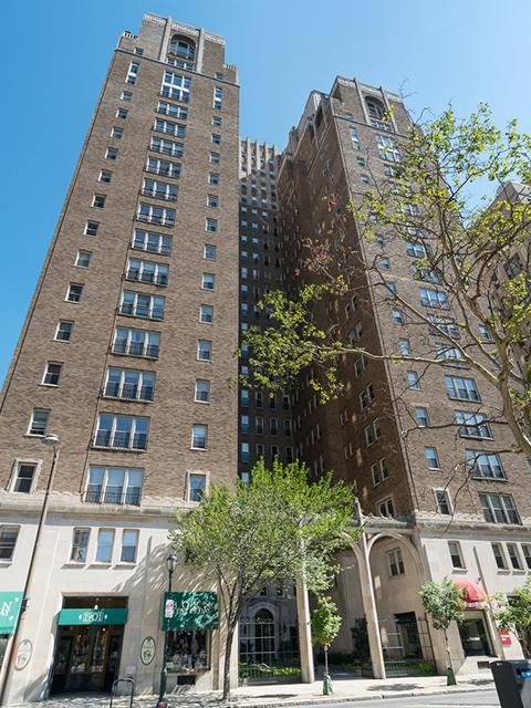 Rittenhouse Plaza luxury high-rise condos in Philadelphia