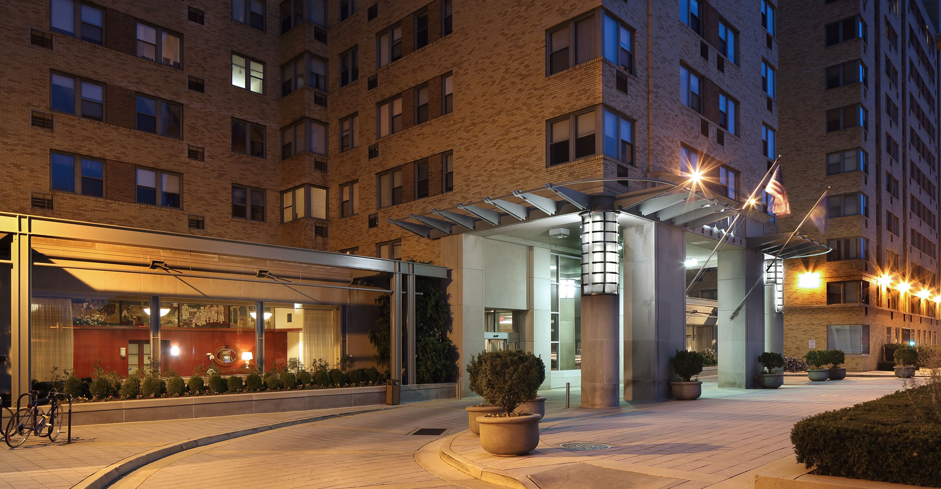 High-rise condos for sale near Benjamin Franklin Parkway