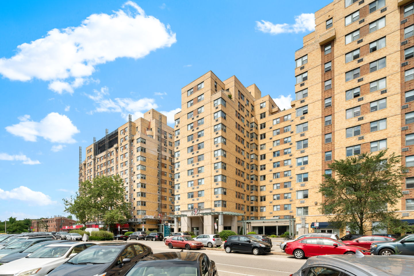 2601 Pennsylvania Ave luxury condo for rent and sale